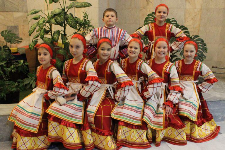 """Ансамбль народной песни """"Скоморошинки"""""""